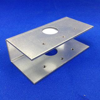 ドアガード補強(板金加工、タップ加工、ジンク板)
